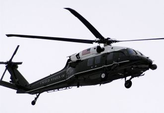 800px-VH-60_Marine_One