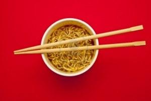 8109486-instant-noodles-cup-and-chopstick