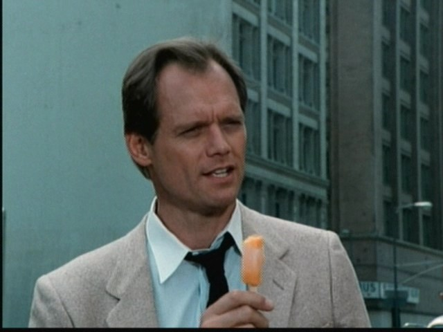 Fred-Dryer-as-Hunter-hunter-27474673-640-480