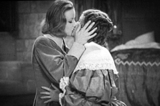 Garbo-Kisses