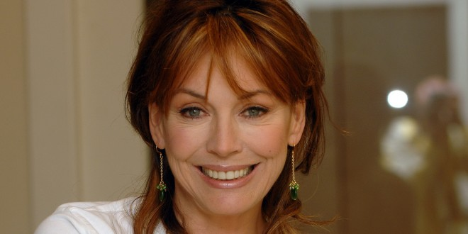 Lesley-Anne-Down-Net-Worth-660x330