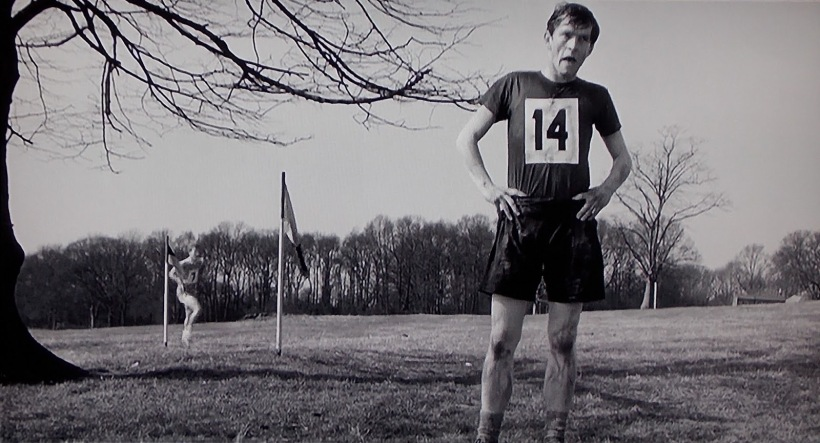 loneliness-of-the-long-distance-runner-colin-stops-racing-courtenay-002