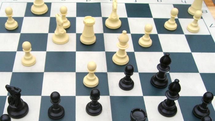 official-chess-game-rules_59dff0b23a3af9cf_2NuqNzKYQbqKFRToBIkSBQ
