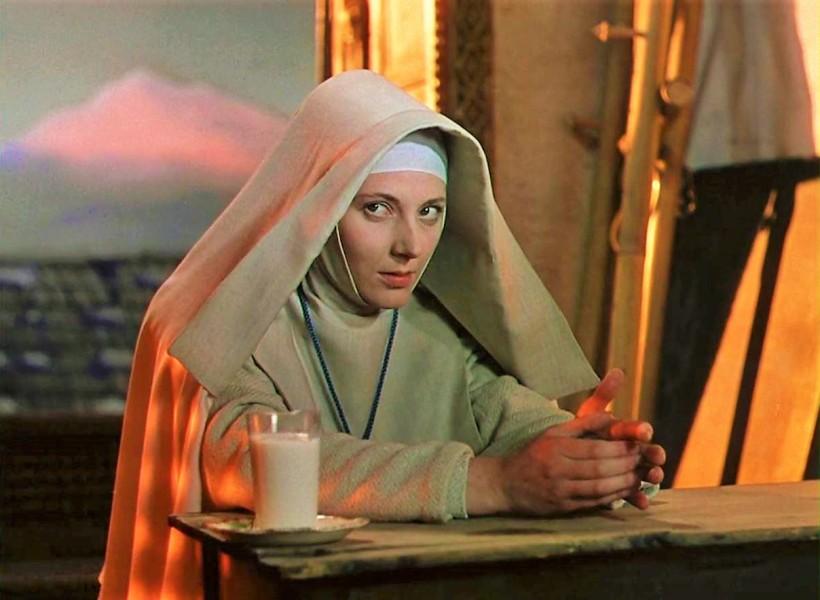 Kathleen-Byron-Black-Narcissus-1947 (3)